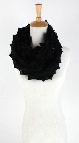 GK1955  Knitted Scarf