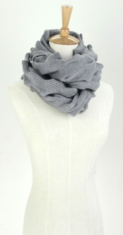 GK1967  Knitted Scarf