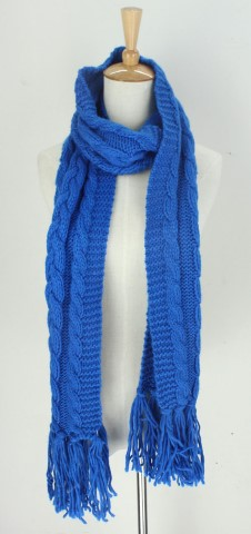 GK1968  Knitted Scarf